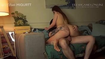 Novinha caiu na net com o namorado