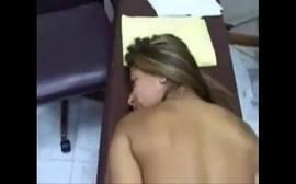 Mulherão tomando pau na buceta e no cu