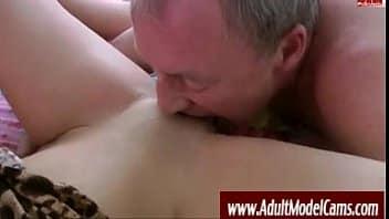 Sexo brasileiro de incesto tio sexo oral com sobrinha top