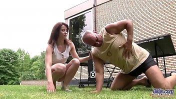 Video xxx de incesto tio comendo a sobrinha oferecida