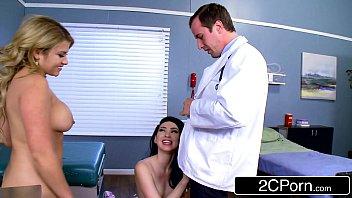 Anal giratorio e boquete das gostosas no doutor