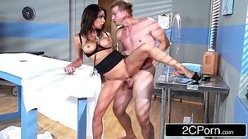 Baixar filmes porno médica chupa e leva pica do paciente