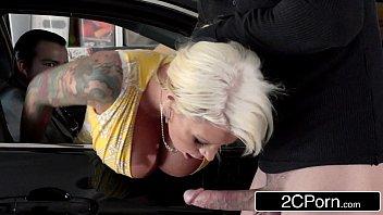 Baixar gratis videos porno loira fode com assaltante no carro