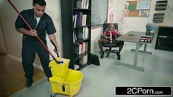 Melhor videos porno faxineiro fodendo professora boa