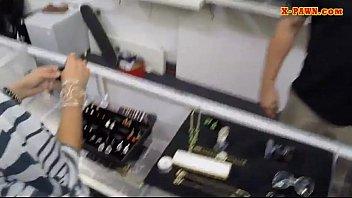 Pornô grátis negro filma esposa fodendo por dinheiro