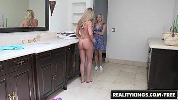 Video porno br do garoto comendo a sogra e sua namorada loira