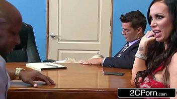 Video pornor casais fodendo juntos no tribunal