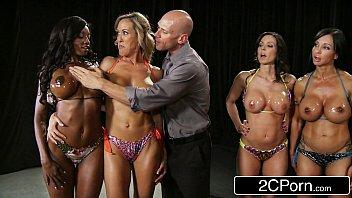 Videos de sexi gatas fitness chupando jurados do concurso
