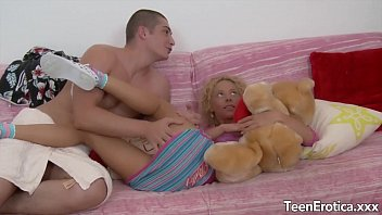Videos de sexso lolita inocente gostosa