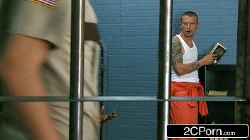 Videos porno gratis puta fodendo com presos dotados