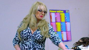 Vidio pornor professora libera aluno pra foder na sala