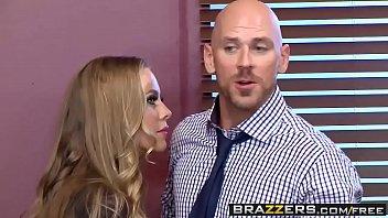 Xnxx porno chefe foda com secretária depois da reunião