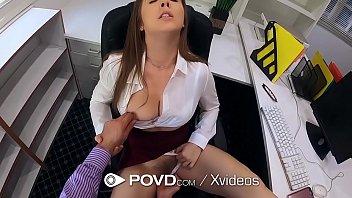 Xxx porno da peitudinha com cara de puta fazendo sexo