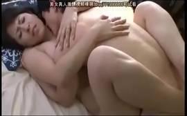 Ver videos porno Japonesa peituda foda com namorado tarado