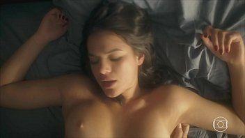 Bruna Marquezine pelada atriz mais gostosa da TV Globo em cenas quentes de sexo explicito