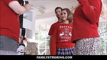 Xvedeo porno suruba em família