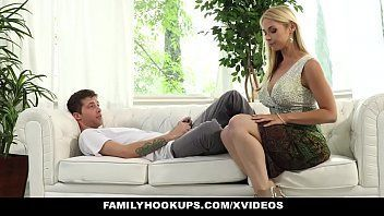 Porno grati fodendo com a prima deliciosa