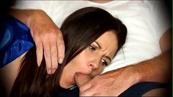 Comendo a mãe gostosa dormindo pelada