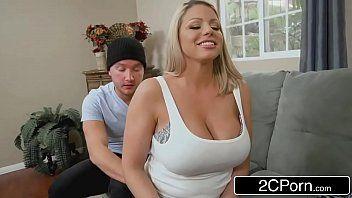 Sexo brutal com mulher cavala fodendo muito