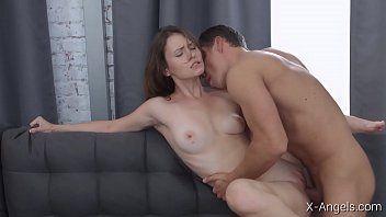 Vídeo de pornô da menina gostosa transando