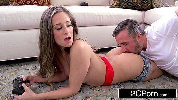 The porn com gostosinha levando rola
