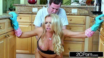 Videos porno para baixar da gostosa loira dando a bucetona gostosa