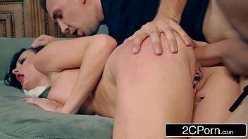 Filme de porno com novinha sendo fodida
