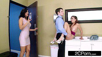 Videos de sexso com novinha metendo muito com seu irmão