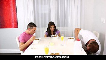 Pornosao gratis pai comendo sua filha gostosa