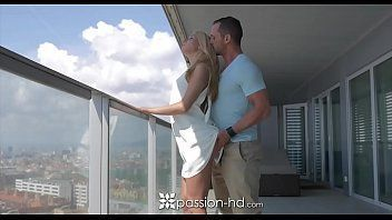 Baixar video porno transado na varanda