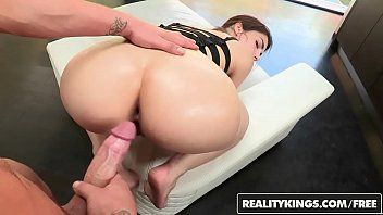 Porno gostoso ninfeta leva pica na xota e no cu