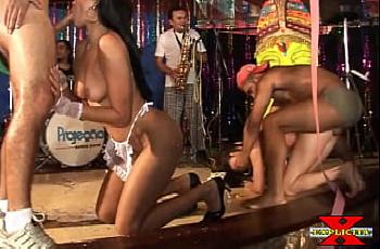 Putaria no carnaval Brasileiro com as putas gostosas